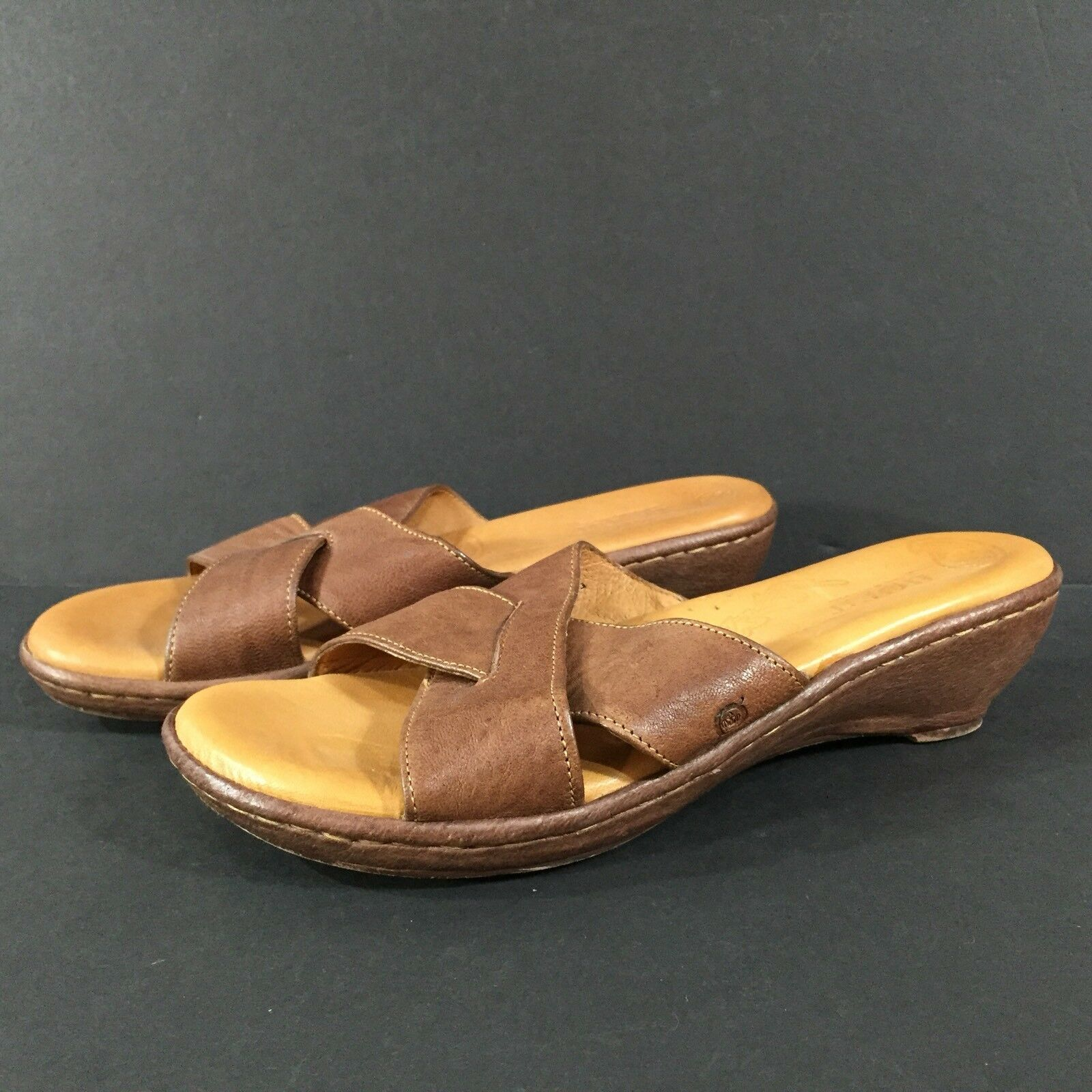 Womens BORN Brown Leather Slides Mules Sandals US 7 M   VGC
