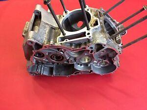 A1 Aprilia RSV Mille 1000 RR Bj2005 Motorgehäuse Motor Gehäuse Motorblock