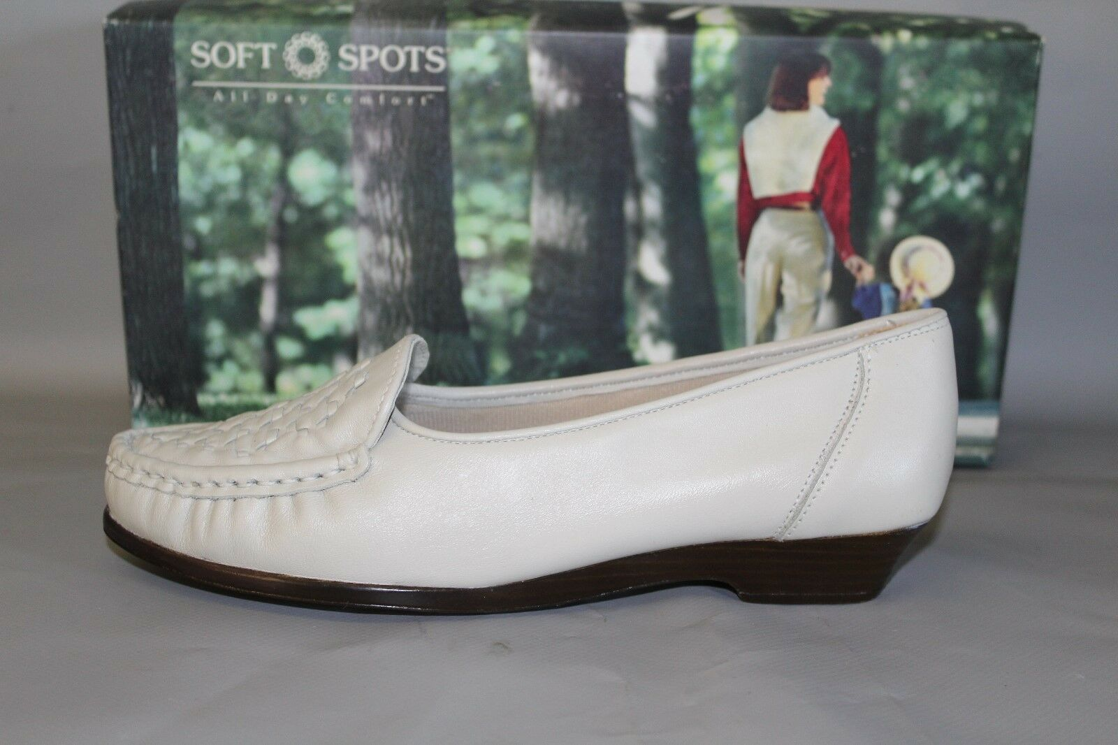 NEW Women's Soft Spots Constance Bone Leather Casual Slip on Comfort shoes