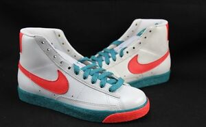 Nike Womens Blazer High Sz 7 Sneakers
