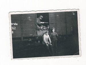 6-424-FOTO-DEUTSCHE-SOLDATEN-BAHNTRANSPORT-KARLSRUHE