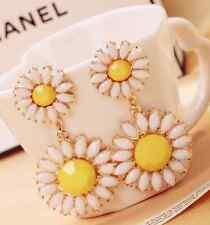 New Design Gold Pink Yellow Alloy Rhinestone Daisy Flower Stud Earrings Gift P58