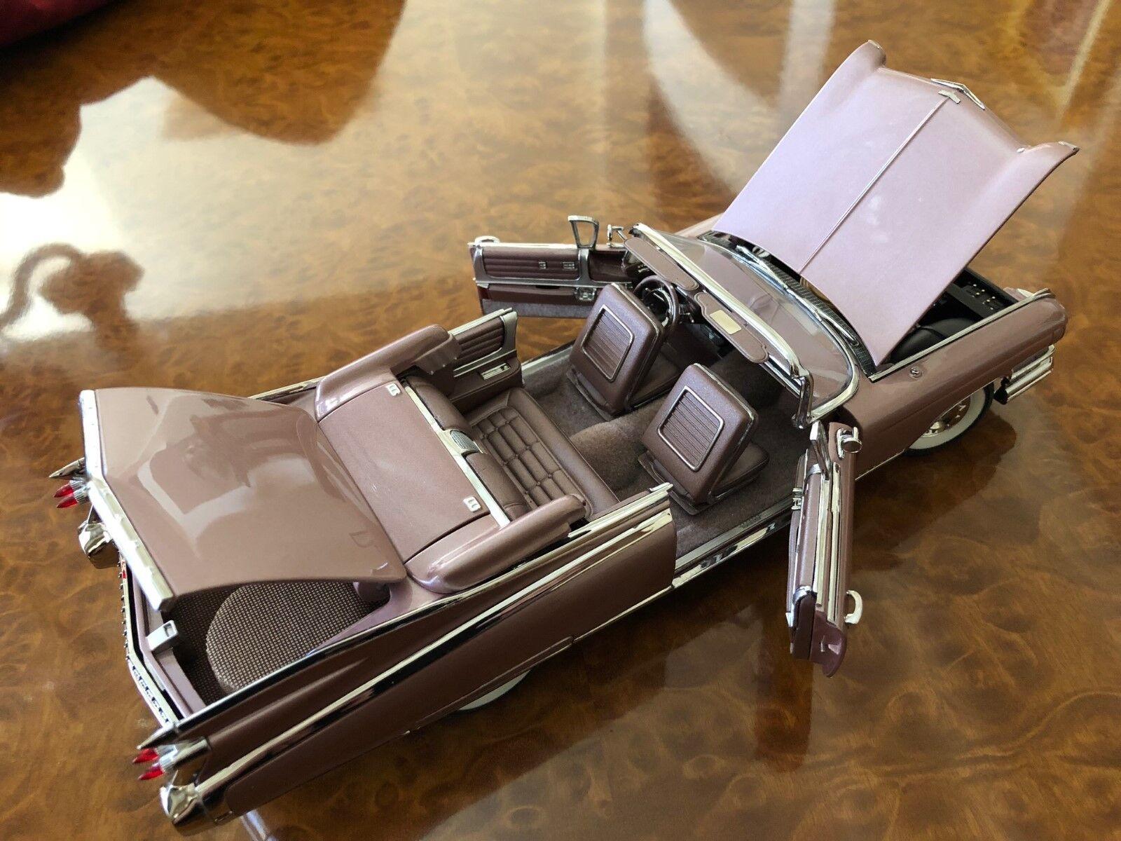 Danbury Mint | nunca aparece | 1 | escala 1:24 Cadillac Eldorado Biarritz