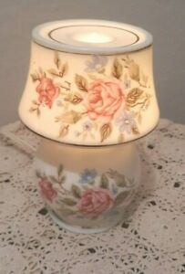 Vtg-Irice-Porcelain-Night-Light-Perfumer-Diffuser-Oil-Warmer-Shabby-Chic-Roses