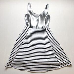 H-amp-M-Divided-White-Black-Striped-Tank-Sleeveless-Skater-Dress-Size-2-A717