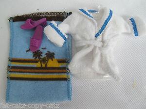 Bambola-Barbie-Abbigliamento-bianco-in-Spugna-Vestaglia-Accappatoio-Asciugamano-Pantofole-UK