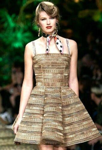 $8,095 2020 Dolce & Gabbana Embroidered Natural Ra