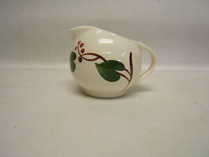 Blue-Ridge-Southern-Pottery-034-Stanhome-Ivy-034-Creamer-Vintage
