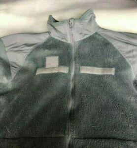 Jacket ColdWeather SIZE MEDIUM Fleece US Military Gen III Polartec
