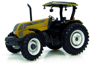 UH4011 1 32 SCALE VALTRA A850  gold LIMITED EDITION  TRACTOR (MIB)
