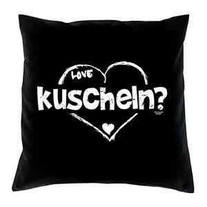 Geschenk-Valentinstag-kuscheln-Love-Kissen-Valentinstagsgeschenk-Fb-schwarz