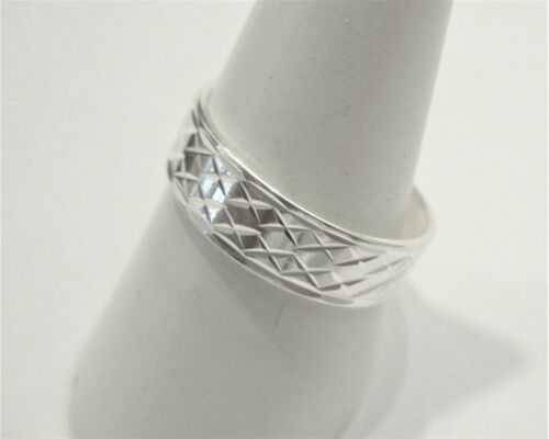 STERLING SILVER DIAMOND CUT PATTERN 6MM SILVER WEDDING RING BAND RING SIZE S