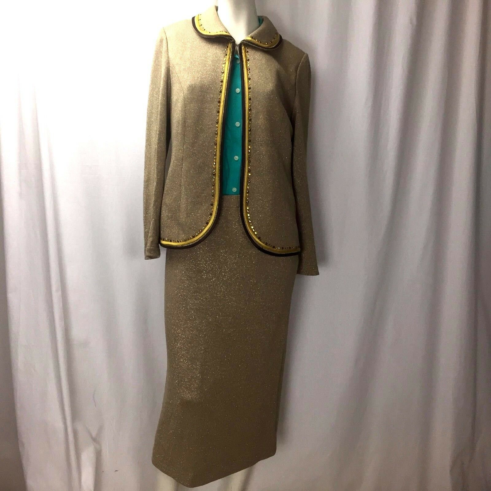 Stunning Elite Champagne gold Metallic Tan Studded Open Blazer Skirt Suit Sz 10