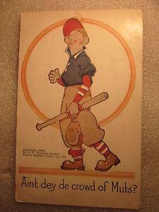 1910 baseball novelty postcard Aint dey de crowd of Muts Boston baseball Series