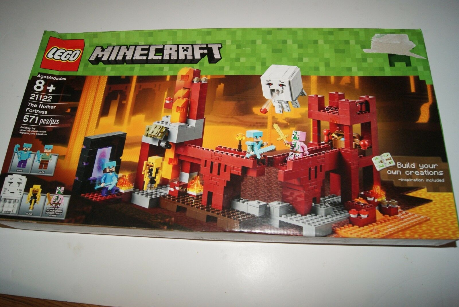 LEGO MINECRAFT The Nether Fortress 21122 - Nuovo Read . Fast shipping