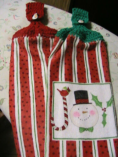 LOT OF 2 CANDY CANE~JOY~IVY crochet top kitchen~bath hand towels~CANDY BUTTON