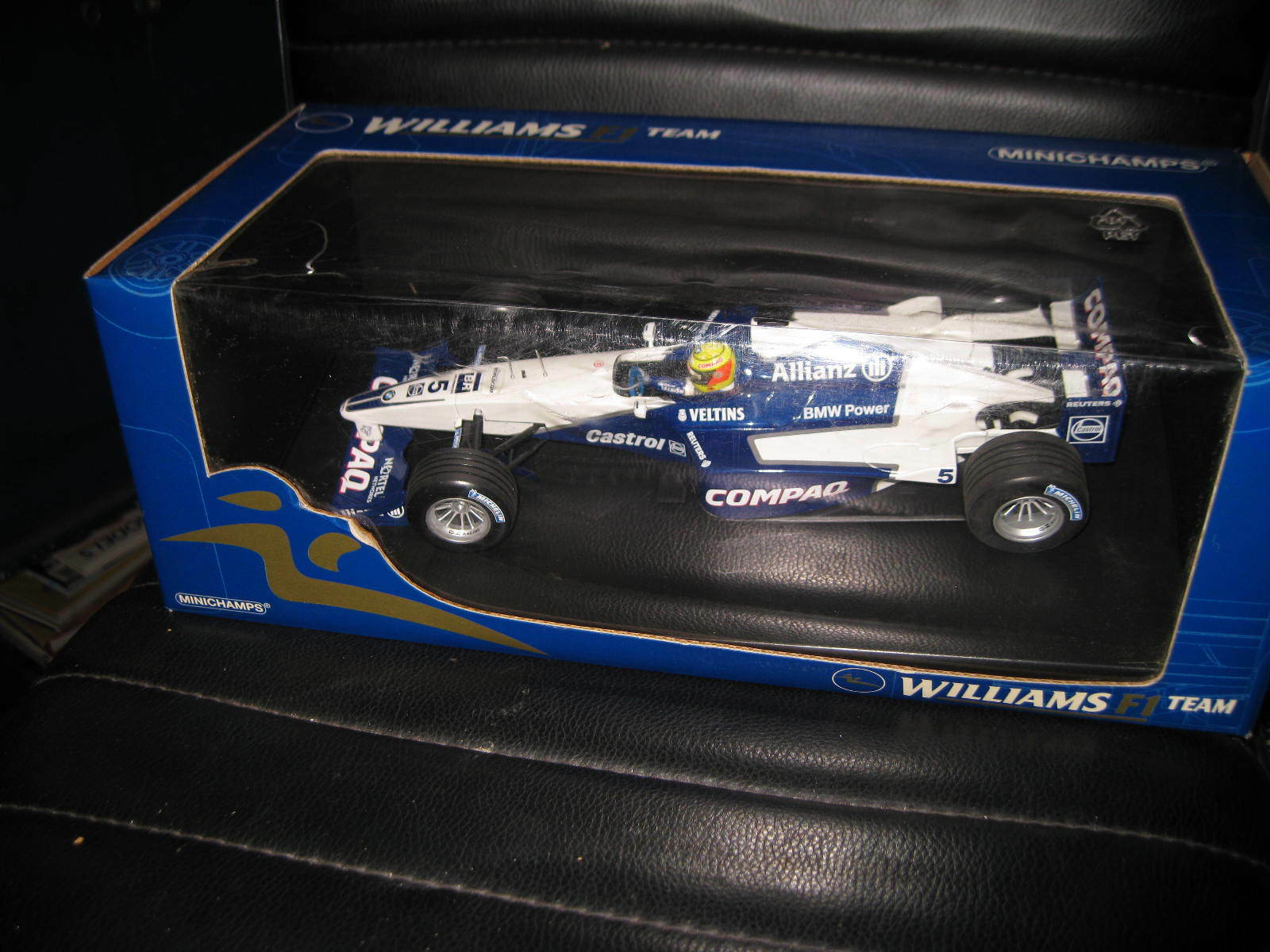 MINICHAMPS 1 18 F1 WILLIAMS F1 TEAM BMW FW22 RALF SCHUMACHER 2001 SHOW CAR  5