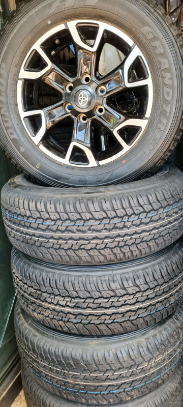 Toyota legend 50 mags with Tyres 265/65/17 brand new dunlop