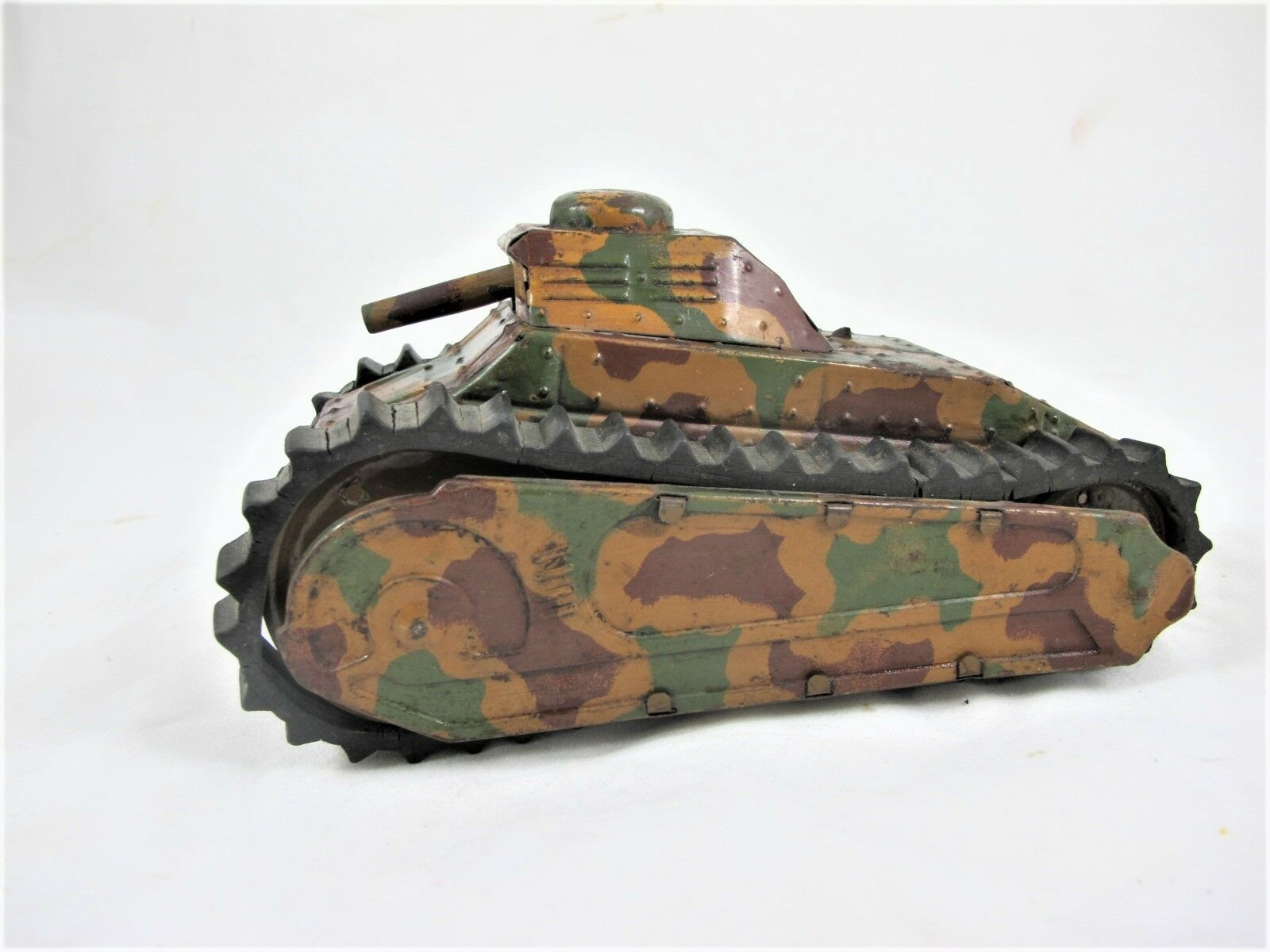 GERMAN TINPLATE WINDUP WW1 TANK C1915