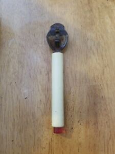 Cool-Antique-Vintage-Can-Opener-Plastic-Bakelite-White-Red-Handle