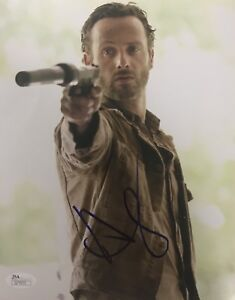 943b4221315 ANDREW LINCOLN SIGNED 8X10 THE WALKING DEAD PHOTO RICK GRIMES JSA ...