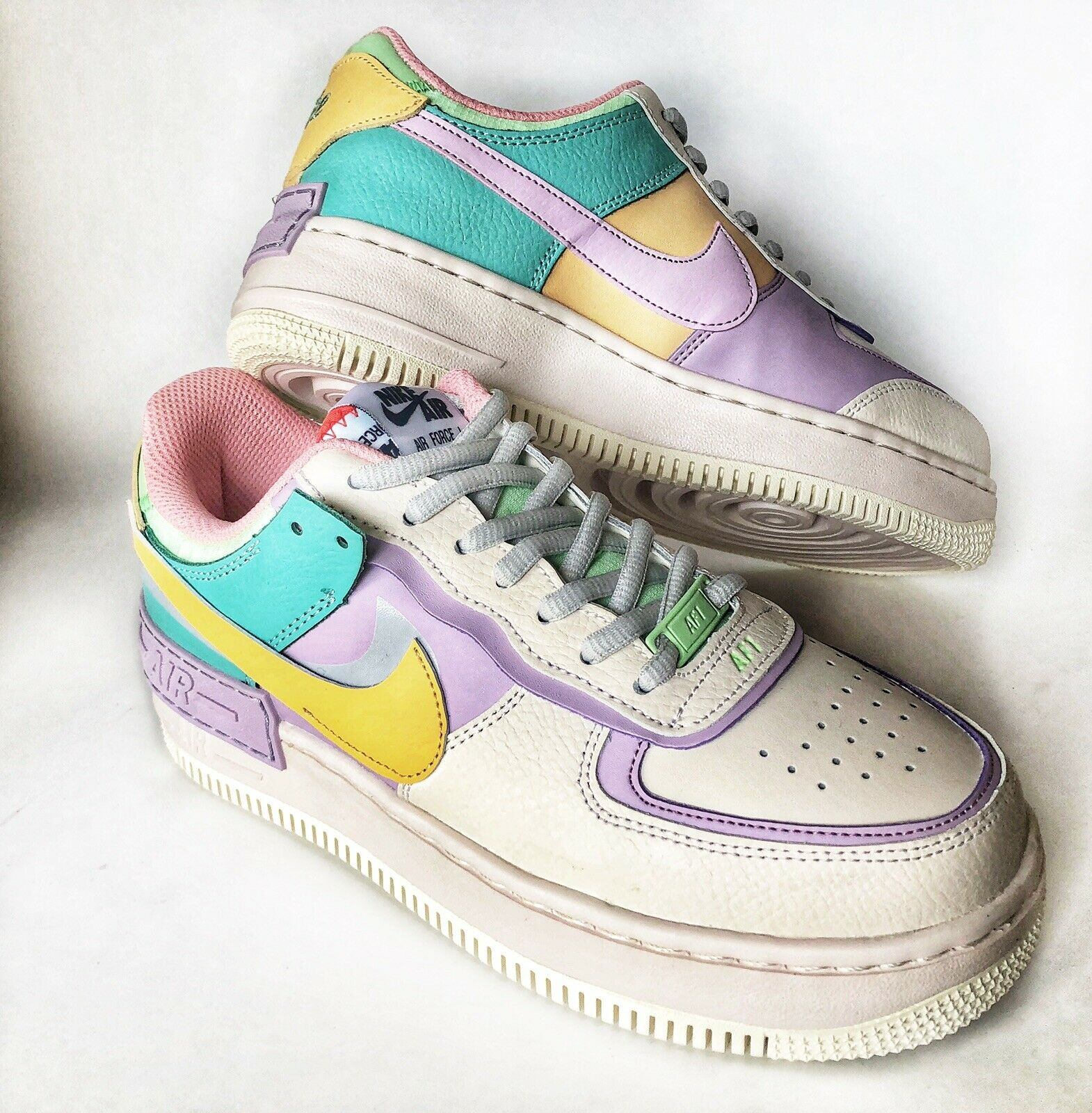 Nike Air Force 1 Shadow Pale Ivory Tiendamia Com Described as, air in a box, this shoe set the benchmark for packed features in a simple, clean style. nike air force 1 shadow pale ivory womens shoes sneakers af1 5 5 6 7 7 5 8 8 5