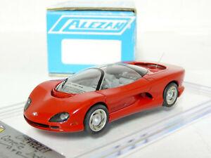 Alezan-167-1-43-1988-Chevrolet-Corvette-Indy-Concept-Resin-Handmade-Model-Car