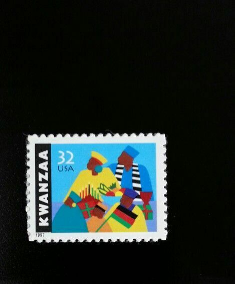 1997 32c Kwanzaa, African-American Culture Scott 3175 M