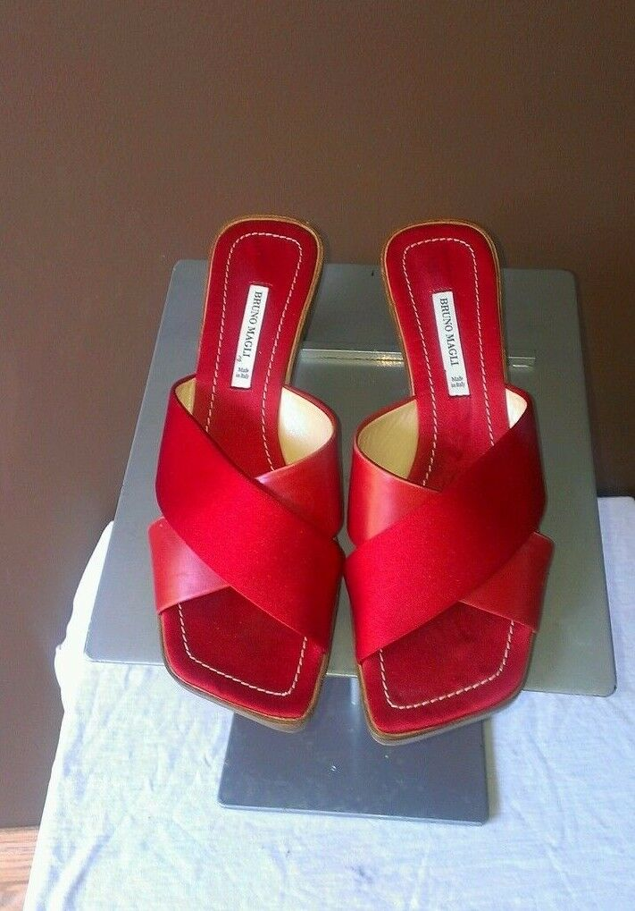Bruno Magli rot sandals Sz 6.5B, excellent condition