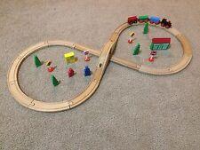 Wooden Maxim Figure 8 Train Set Tracks Accessories 34 pieces!
