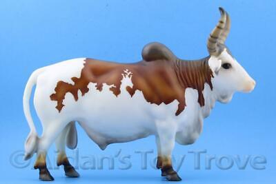 Pinto Bovine Cattle Cow 711237 BreyerFest 2016 SR Brahma Bull Breyer Zebu