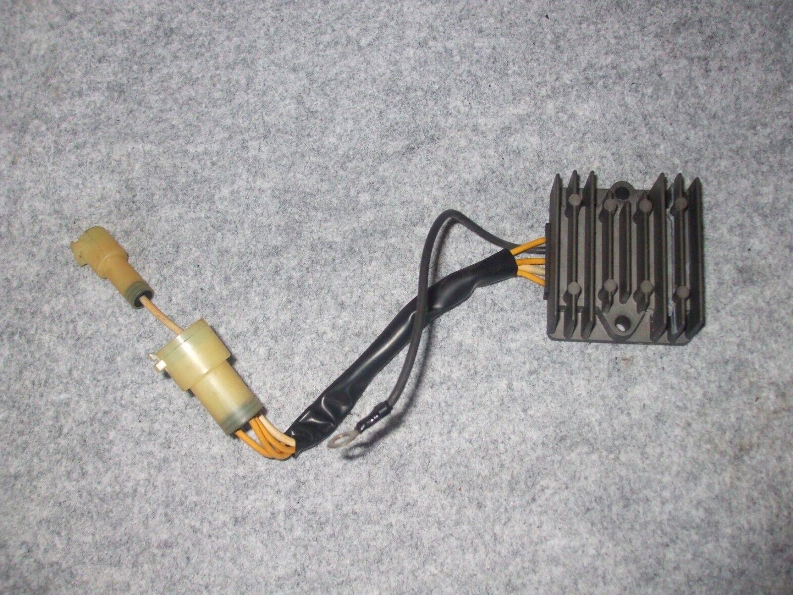 Suzuki DF70 Johnson DF70 Evinrude DF70. Gleichrichter.