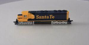 Kato 37-1710 HO Santa Fe EMD SD45 Diesel Locomotive #5300 LN