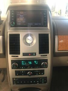 2009 Chrysler Town & Country **FINANCEMENT MAISON ** 100% APPROUVE**