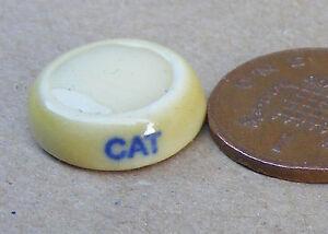 Échelle 1:12 Ceramic White Kitten Accessoire chat Pet tumdee Maison de Poupées Ornement O