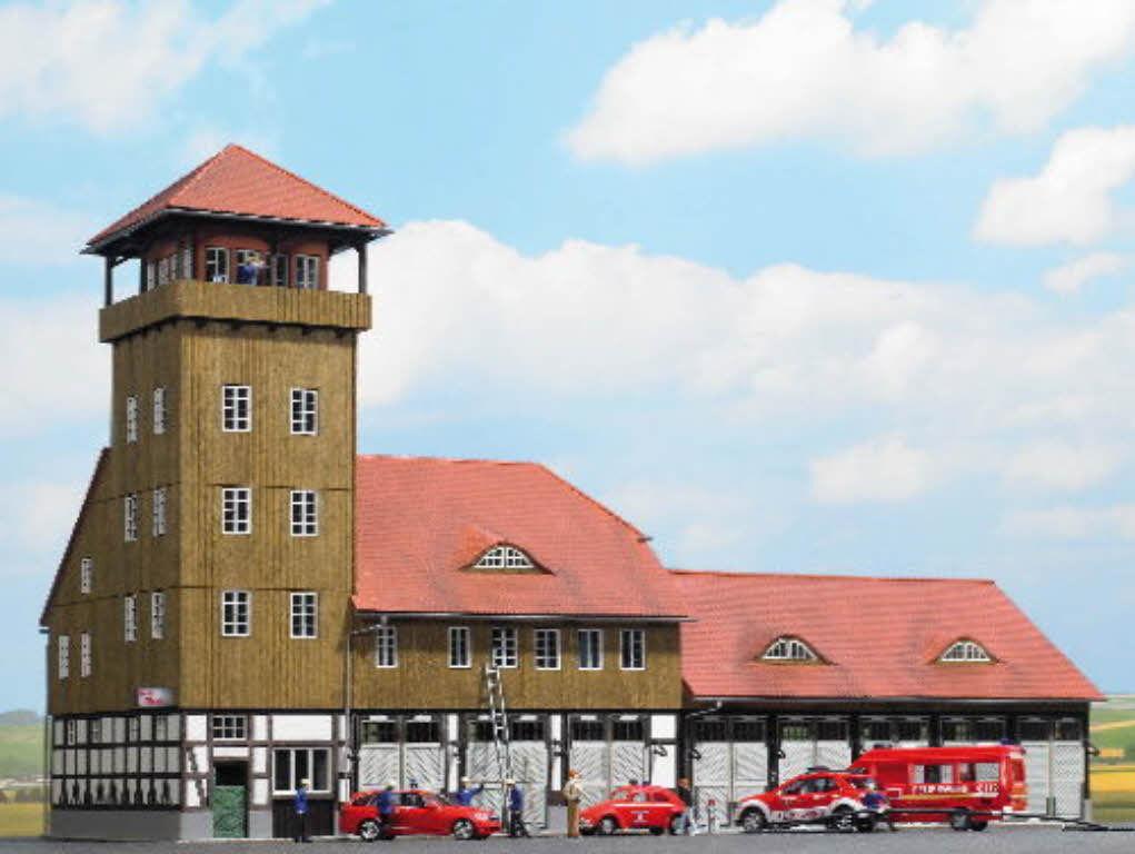Busch 1450 Feuerwehr Schwenningen mit Schlauchturm echt Holz Bausatz H0 Neu