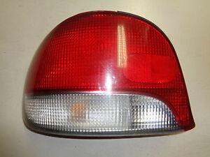 97-99 Rückleuchte Rücklicht links Hyundai Accent VA//VF  5 Türer Bj