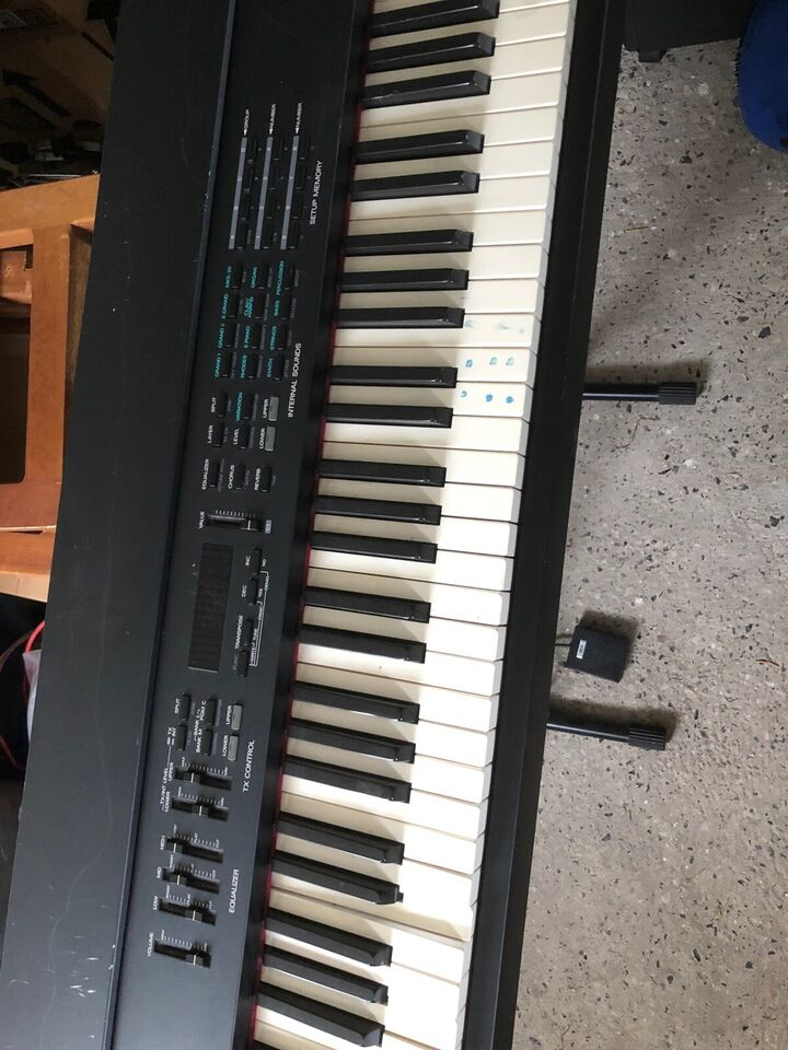 Stagepiano, Roland RD500