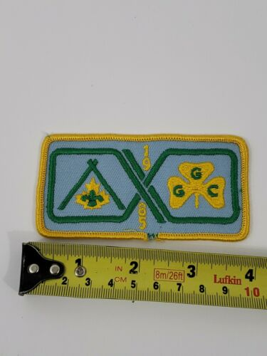 Vintage Girl Guides of Canada GGC Patch NEW