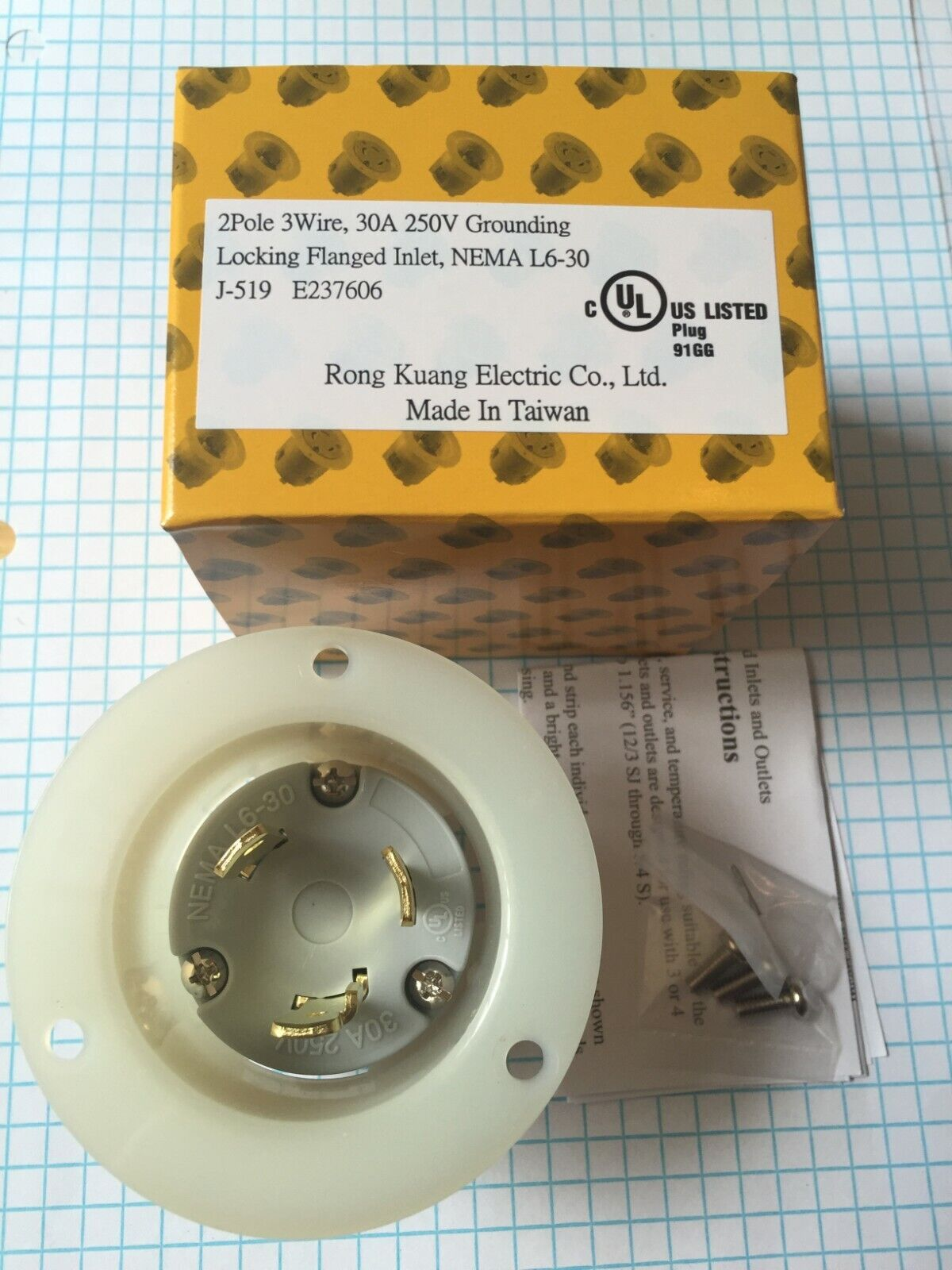 250V GROUNDING LOCKING INLET 20A 2 POLE NEMA L6-20 FLANGED INLET 3 WIRE