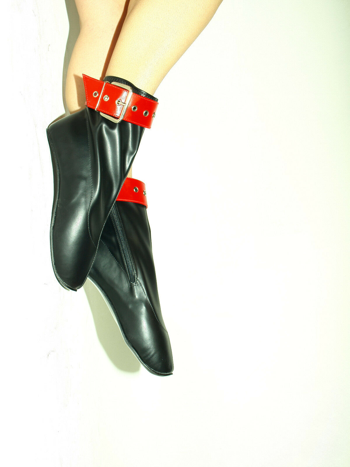 BLACK-ROT IMITATION-LEATHER BALLET BOOTS  SIZE 5-16 HEEL-0