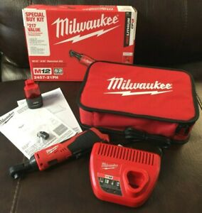 NEW-Milwaukee-2457-21-M12-Cordless-3-8-034-Ratchet-amp-1-1-5-AH-Battery-Charger-Set