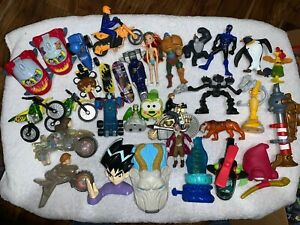 Mcdonalds Happy Meal Burger King Subway Sonic Toys Disney Lot Mixed 33 Toys Ebay