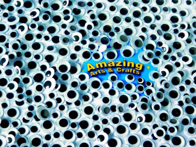 500 Wiggle Googly Wiggly Eyes with Coloured Backgrounds Assorted sizes and colours 10mm 12mm 15mm