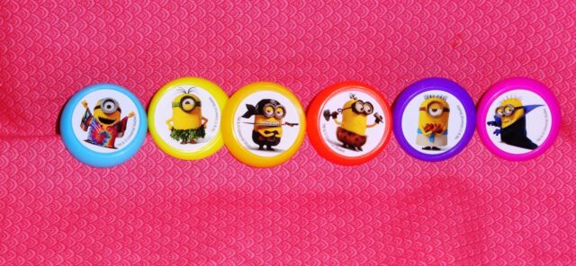 Despicable Me Minions Evolution Cupcake Rings 24 Pc
