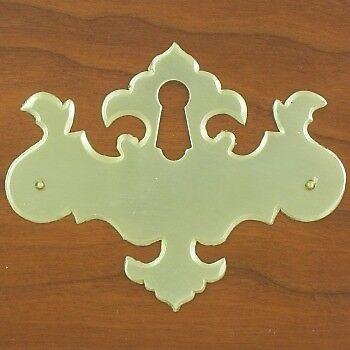 C-602SE Solid Brass Chippendale Keyhole Escutcheon
