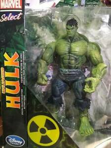 Sealed Disney Store Exclusive Marvel Diamond Select Unleashed Hulk New