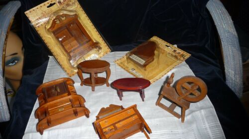 #320 vtg mixed lot of 7 pieces of wood dollhouse furniture