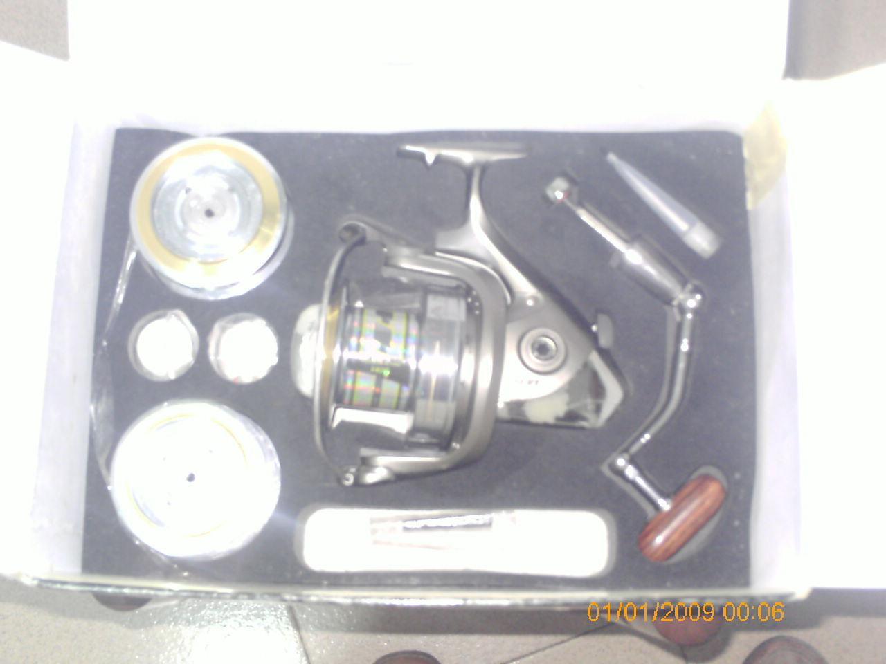 CocheRETE DE PESCA PANDOR 8014 FD.Cuerpo y rojoor de Cochebono, 3 bobinas de aluminio