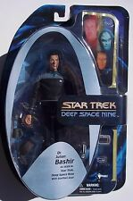 STAR TREK: DEEP SPACE NINE. DR. JULIAN BASHIR ACTION FIGURE. STARFLEET GEAR. NOC
